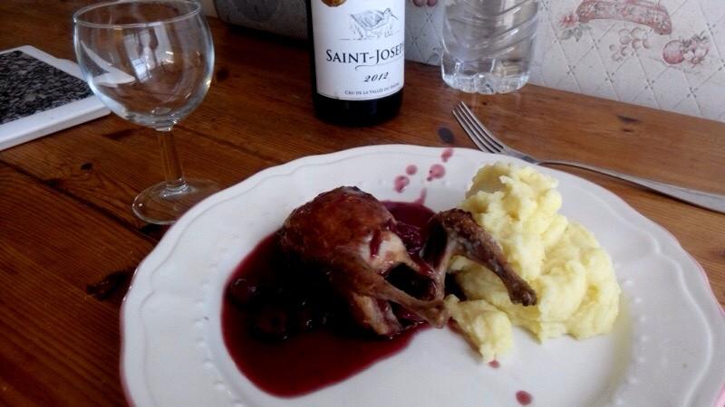 cailles sauce aux cerises et vin rouge 2