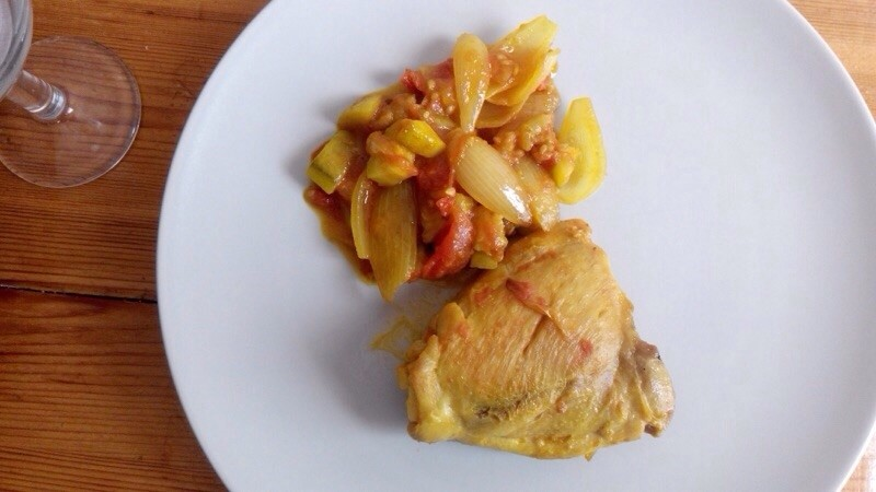 Fricassée de poulet aux petits oignons