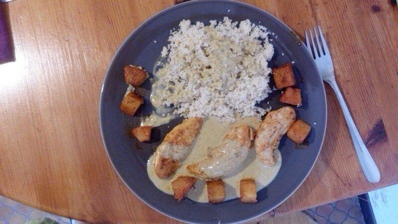 Aiguillettes de Poulet au curry et à l'ananas